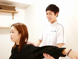 肩こり・四十肩・肩の痛みの施術